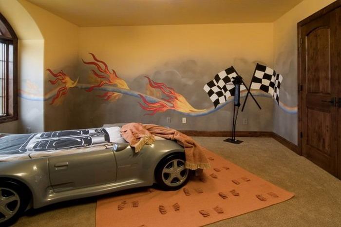 Racing-Wall-Murals-in-Garage
